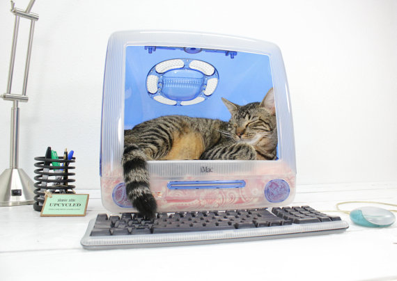 AtomicAttic Upcycled Apple Computer Pet Bed iMac